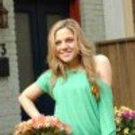 Lauren_collins_caitlin